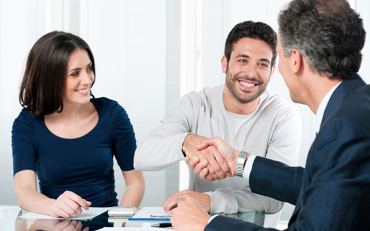 Tips to keep in mind when you are choosing an online broker